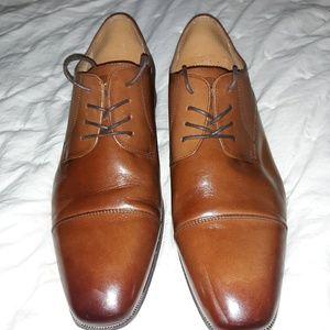 Florsheim Shoe Co. Leather Dress Shoes